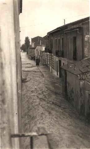 Riada vista desde la calle de Asunción 14 del 10 del 57