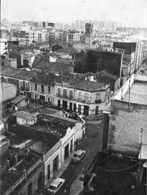 Vista de Benimaclet desde una terraza de Barón de San Petrillo. Las primeras casas bajitas podrían ser Rector Zaragozá o Músico Belando. Mediados de los 70